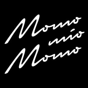 Logo weiß auf schwartz Trattoria Momo